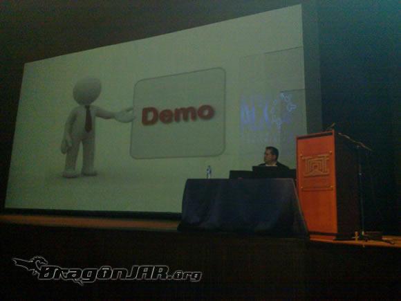 Charla RobertoM Así fue el ACK Security Conference 2012 – Día IV