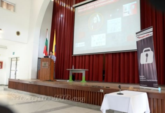 "Pentest: Técnicas alternativas para un cliente ""experimentado"" – Nelson Boris Murillo – DragonJAR Security Conference 2014"